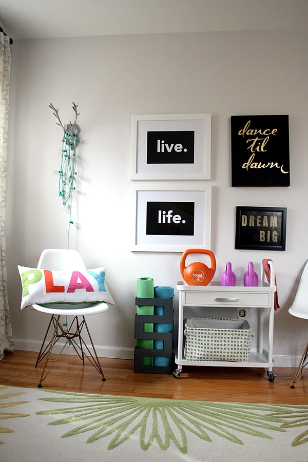 Hutch Decorating Ideas Living Room