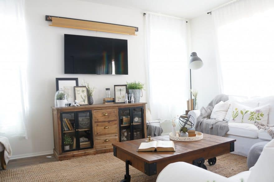 5 Ways To Decorate Around Your TV The Organized Mom