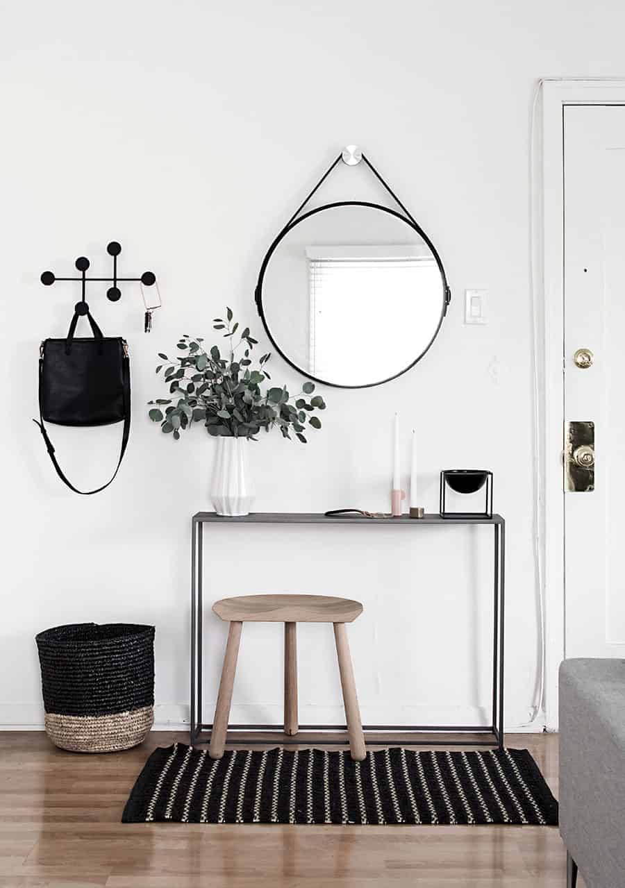 Foyer Minimalist Shoes : Get inspired by these minimalist entryways the