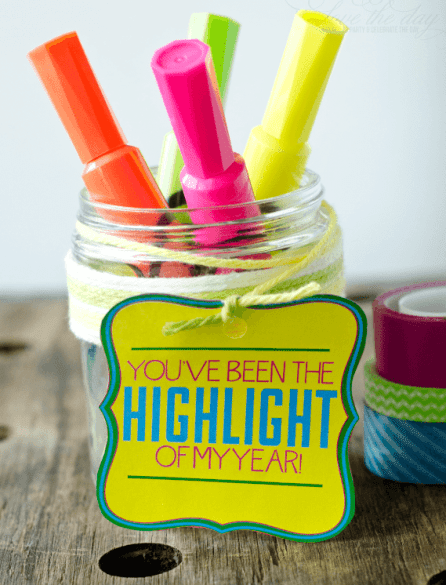 highlighters in a jar