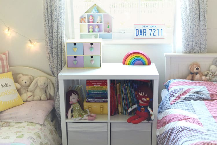 Shared bookcase. Clever Ideas for Boy Girl Shared Bedrooms   The Organized Mom