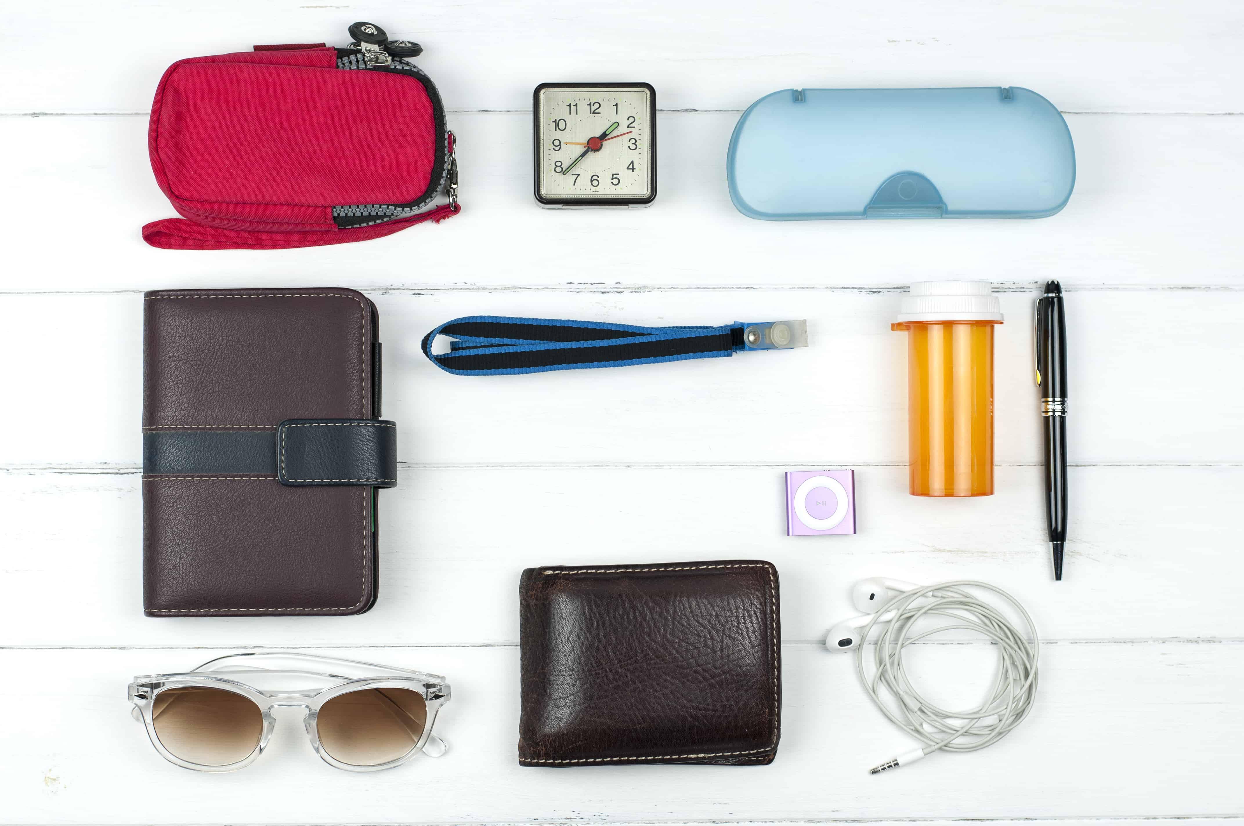 how to keep purse organized