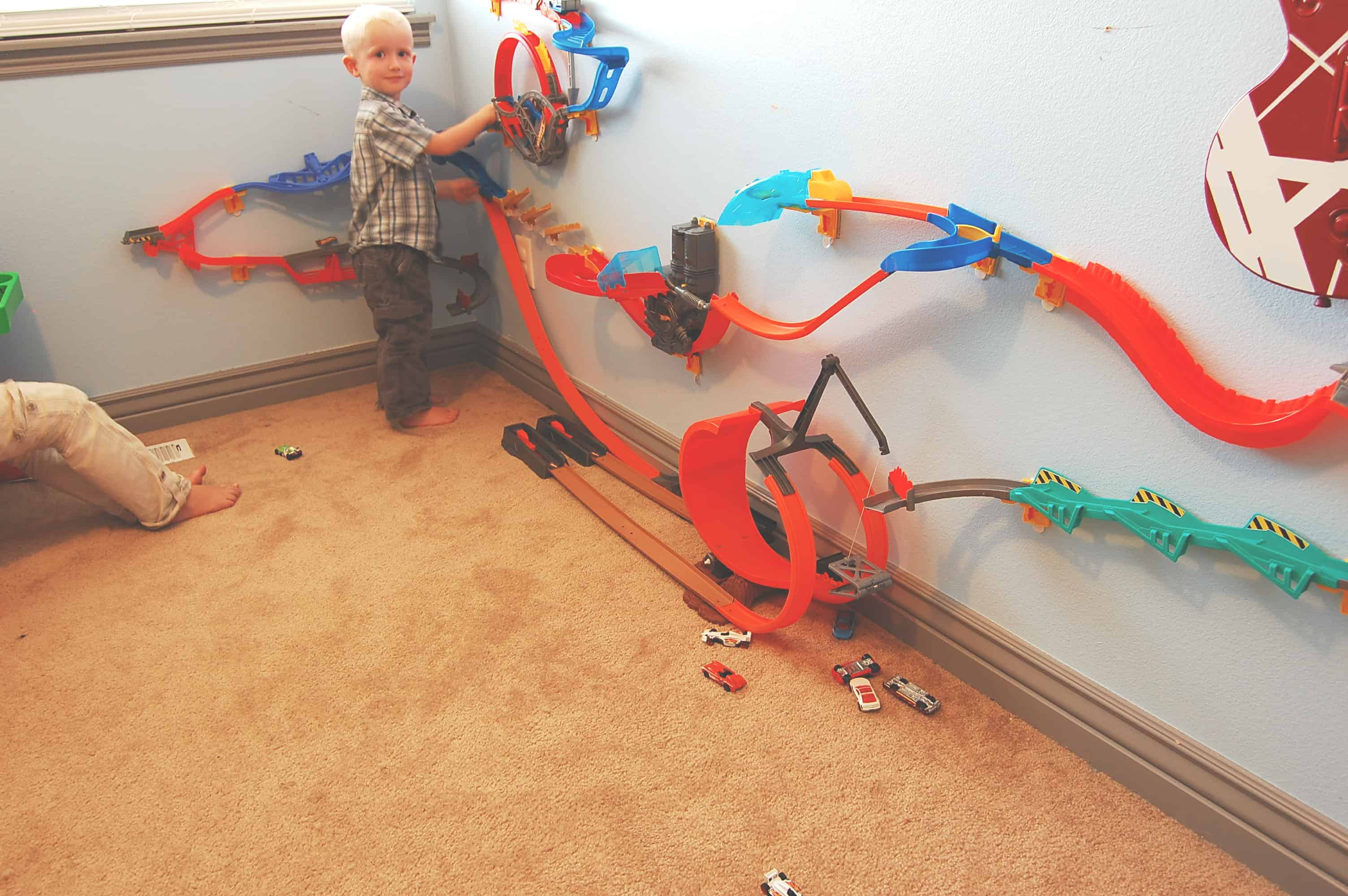 Hot Wheels Wall Tracks Review The Organized Mom