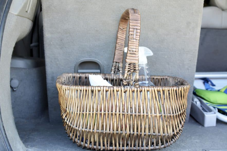 basket-for-car-emergency-supplies
