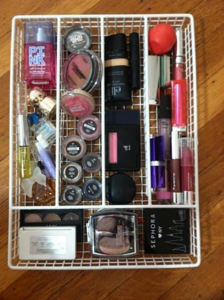 utensil-tray-for-makeup
