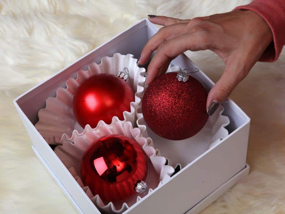 ci-laurie-march_christmas-ornament-storage-coffee-filters_h-jpg-rend-hgtvcom-966-725