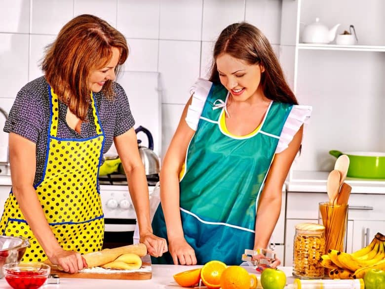 teen and mom cooking