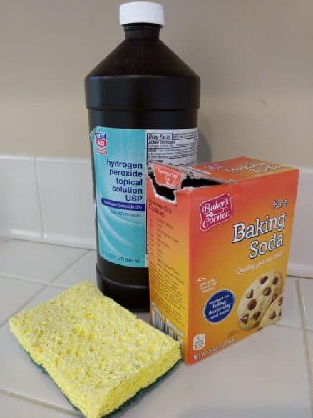 how to clean enamel sink