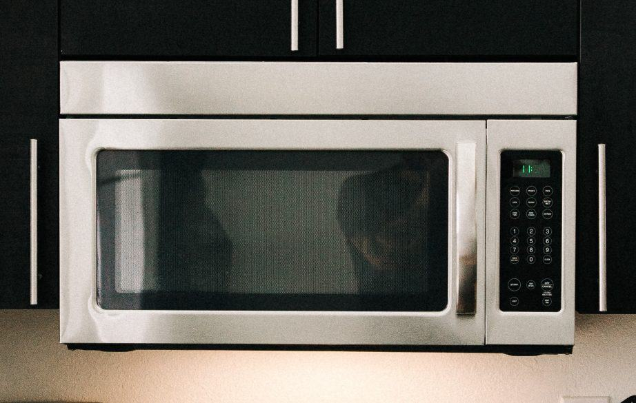 microwave cleaning