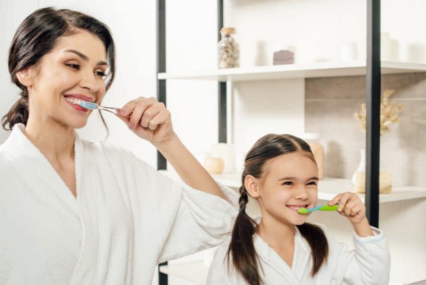 kids brush teeth