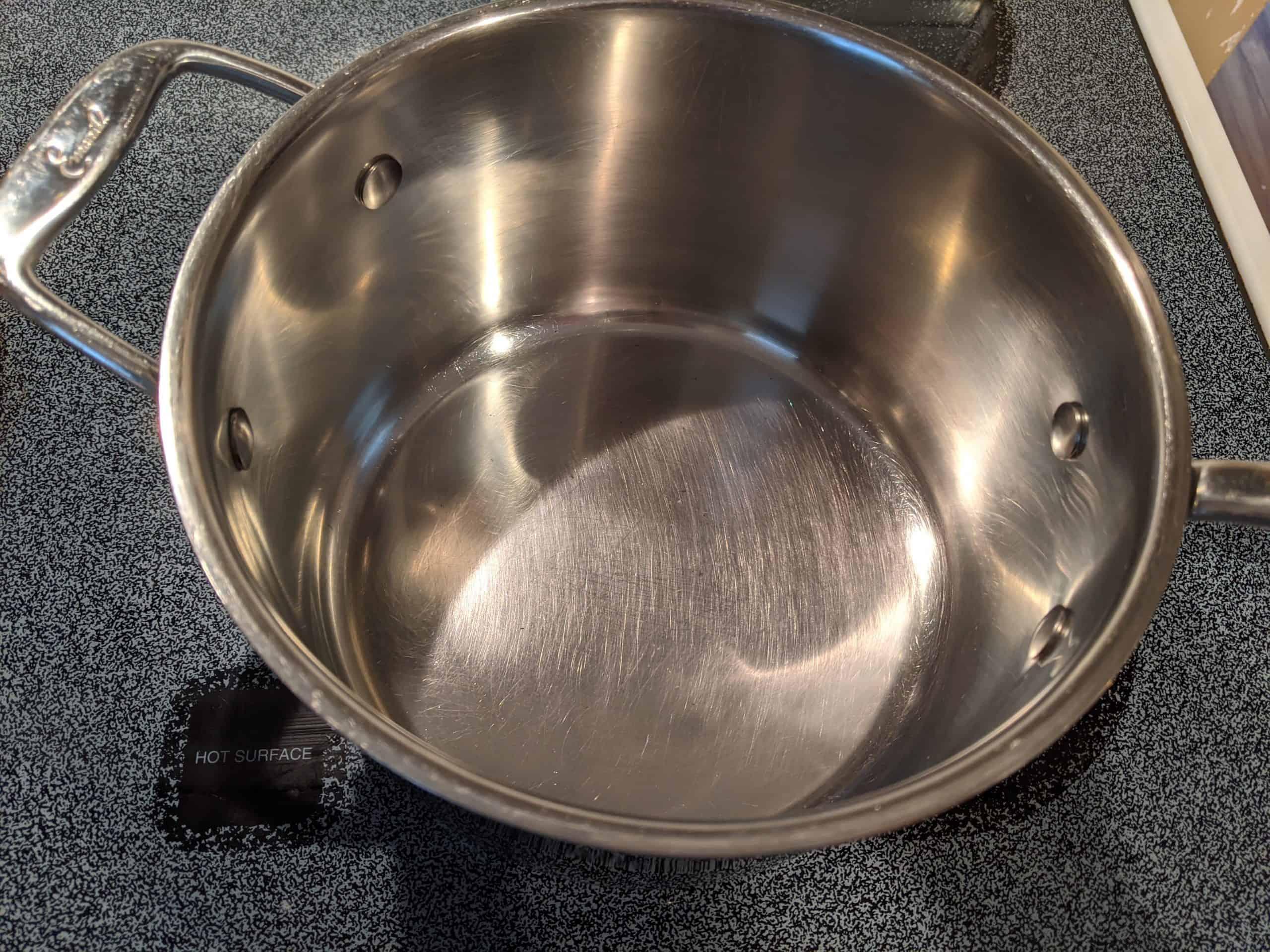 burnt pot now clean
