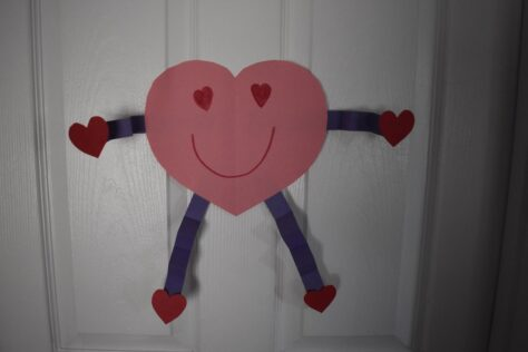 easy valentine's day craft for the door