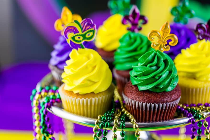 snack ideas for Mardi Gras cupcakes