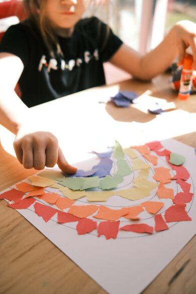 art project schoolwork organization system